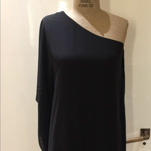 Bcbgmaxazria one shoulder black dress/XXS/
